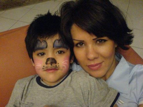 Leila Bayat and her son2.jpg